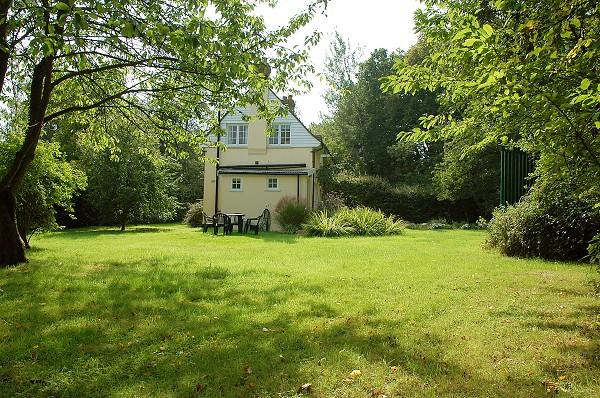 Forest Cottage in Benenden